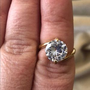 Jewelry - CZ Golden Solitaire